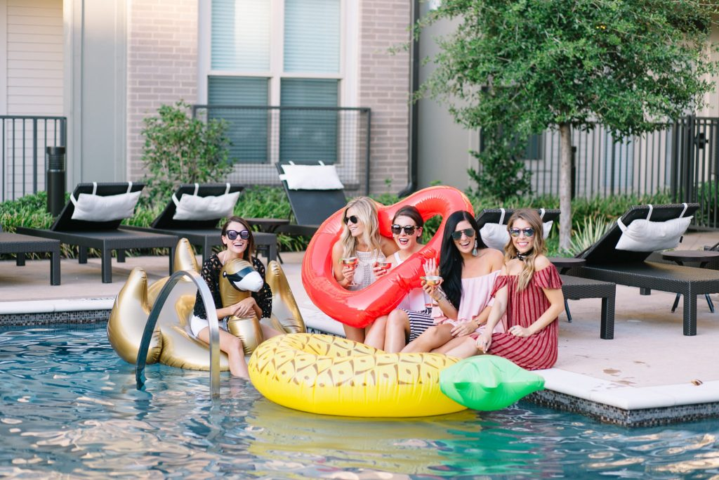 pool float party