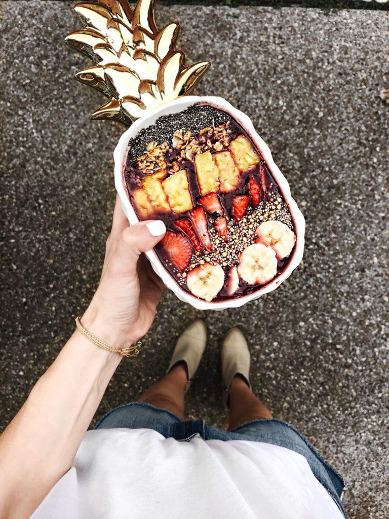 acai bowl in ceramic pineapple dish