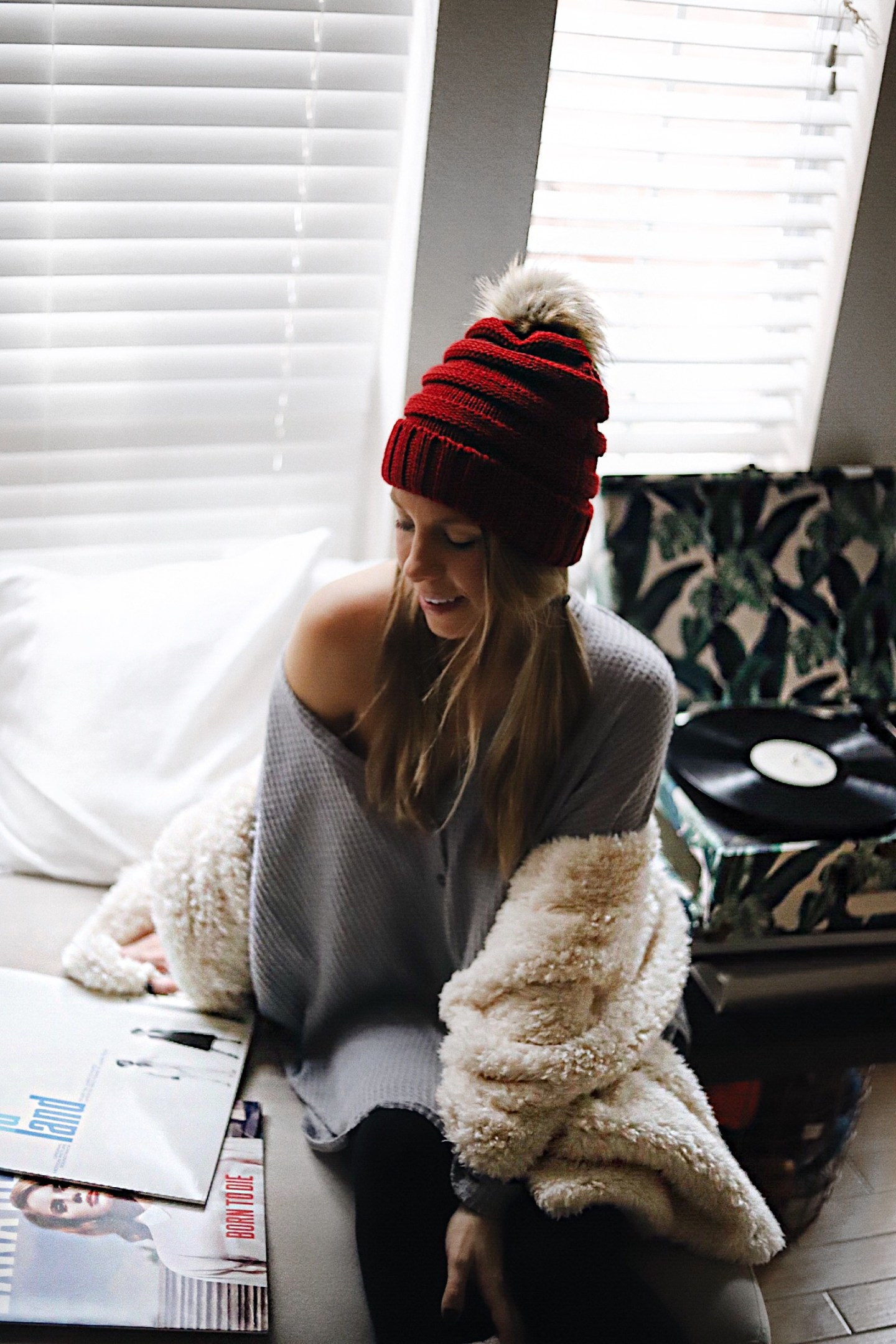 urban outfitters sale beanie and scarf and record player