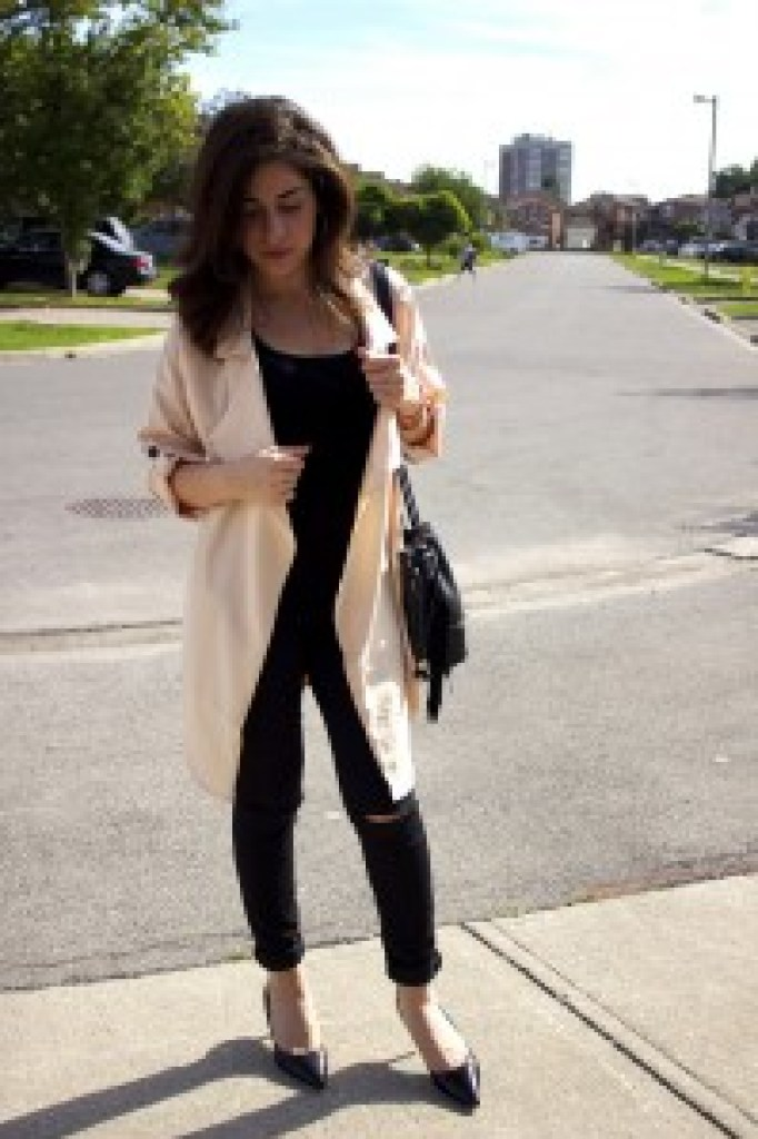 long,loosecoat, outfit,