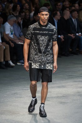 Givenchy-2015-Men-Spring-Summer-Paris-Fashion-Week-020