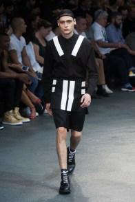 Givenchy-2015-Men-Spring-Summer-Paris-Fashion-Week-029