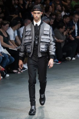 Givenchy-2015-Men-Spring-Summer-Paris-Fashion-Week-033