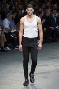 Givenchy-2015-Men-Spring-Summer-Paris-Fashion-Week-041