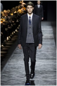 Dior-Homme-Fall-Winter-2015-Menswear-Collection-Paris-Fashion-Week-028