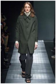 Gucci-Men-Fall-Winter-2015-Milan-Fashion-Week-008