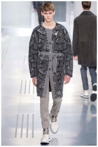 Louis-Vuitton-Fall-Winter-2015-Menswear-Collection-Paris-Fashion-Week-022