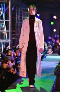 Raf-Simons-Fall-Winter-2015-Menswear-Collection-Paris-Fashion-Week-001