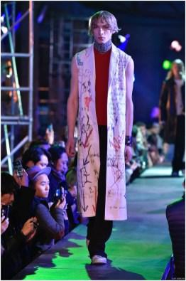 Raf-Simons-Fall-Winter-2015-Menswear-Collection-Paris-Fashion-Week-007