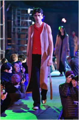 Raf-Simons-Fall-Winter-2015-Menswear-Collection-Paris-Fashion-Week-020