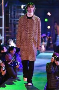 Raf-Simons-Fall-Winter-2015-Menswear-Collection-Paris-Fashion-Week-023