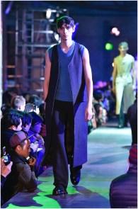 Raf-Simons-Fall-Winter-2015-Menswear-Collection-Paris-Fashion-Week-030