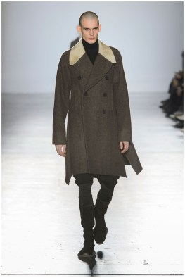 Rick-Owens-Fall-Winter-2015-Menswear-Collection-Paris-Fashion-Week-006