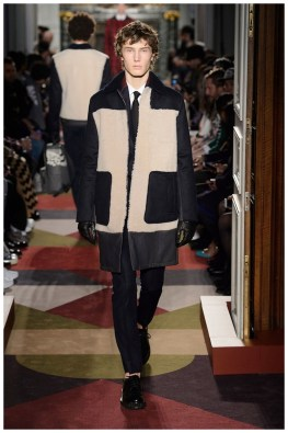 Valentino-Men-Fall-Winter-2015-Menswear-Collection-032