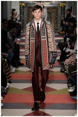 Valentino-Men-Fall-Winter-2015-Menswear-Collection-045
