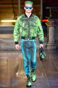 Moschino-2016-Fall-Winter-Mens-Collection-014