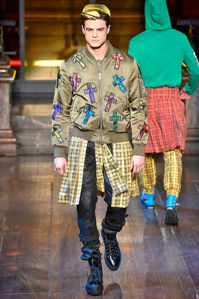 Moschino-2016-Fall-Winter-Mens-Collection-018
