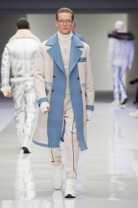 Versace-2016-Fall-Winter-Mens-Collection-017