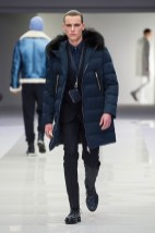 Versace-2016-Fall-Winter-Mens-Collection-025