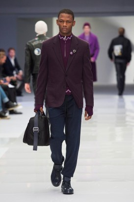 Versace-2016-Fall-Winter-Mens-Collection-040