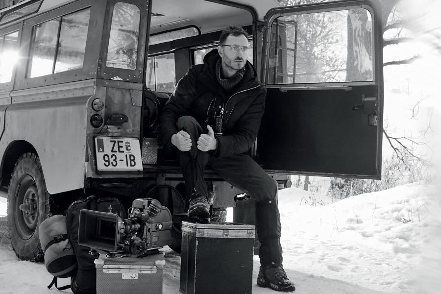 e2928f940b Giorgo-Armani-Frames-of-Life-2016-Campaign-Richard-