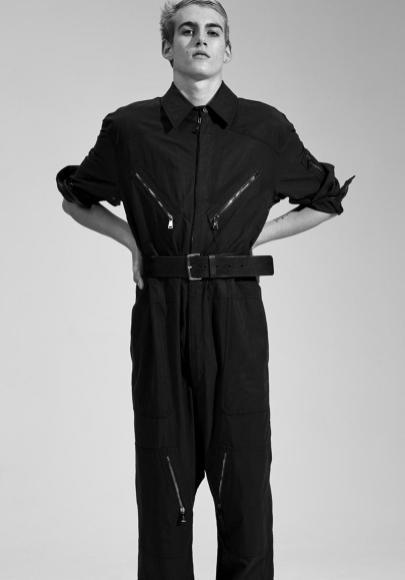 Vogue-Hommes-Paris-2016-Editorial-Masculine-Singular-008
