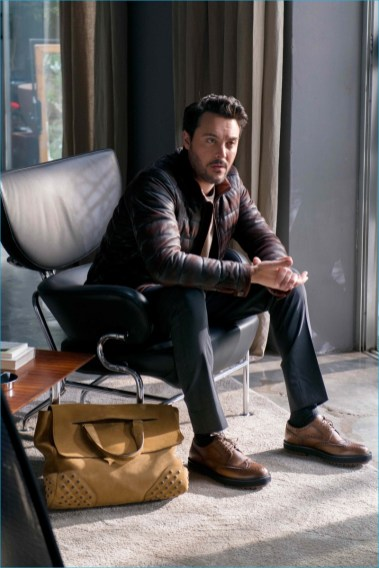 Tods-2016-Fall-Winter-Campaign-Behind-the-Scenes-002