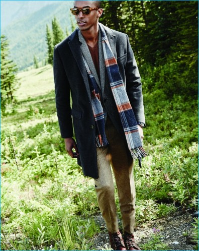 jcrew-december-2016-mens-style-guide-abraham-moon-scarf