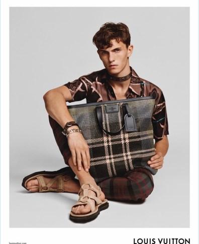 ce1ead9c81 Zara Man   Summer 2018   Editorial   Luc Defont-Saviard   The ...