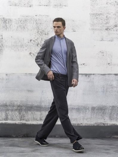 Brad pitt grey suit