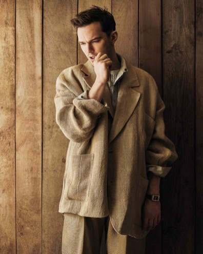 Nicholas-Hoult-2019-How-to-Spend-It-008