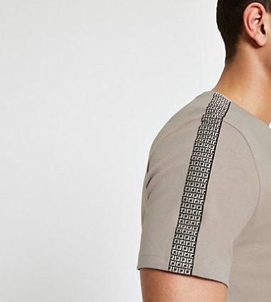 5e141333 River Island Mens White 'Prolific' monogram slim fit T-shirt | The ...