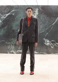 Louis-Vuitton-Fall-Winter-2021-Mens-Collection-009