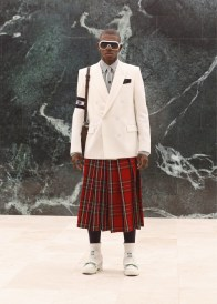 Louis-Vuitton-Fall-Winter-2021-Mens-Collection-012