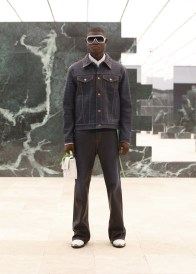 Louis-Vuitton-Fall-Winter-2021-Mens-Collection-028