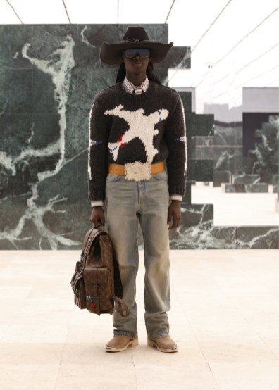 Louis-Vuitton-Fall-Winter-2021-Mens-Collection-040
