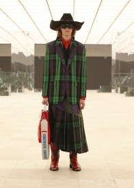 Louis-Vuitton-Fall-Winter-2021-Mens-Collection-064