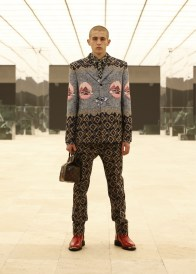 Louis-Vuitton-Fall-Winter-2021-Mens-Collection-068