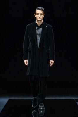 Giorgio-Armani-Fall-Winter-2021-Mens-Collection-059