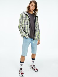 Tommy-Jeans-Spring-2021-Old-School-South-Beach-Swag-012