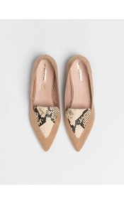 Suede μυτερά loafers με λεπτομέρεια φίδι - Μπεζ