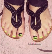 awesome halloween toe nail art