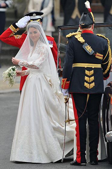 Kate Middleton Wedding Dress by Sarah Burton for Alexander Mcqueen