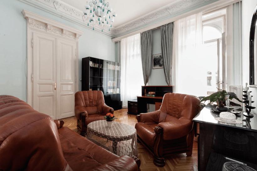 budapest airbnb apartment