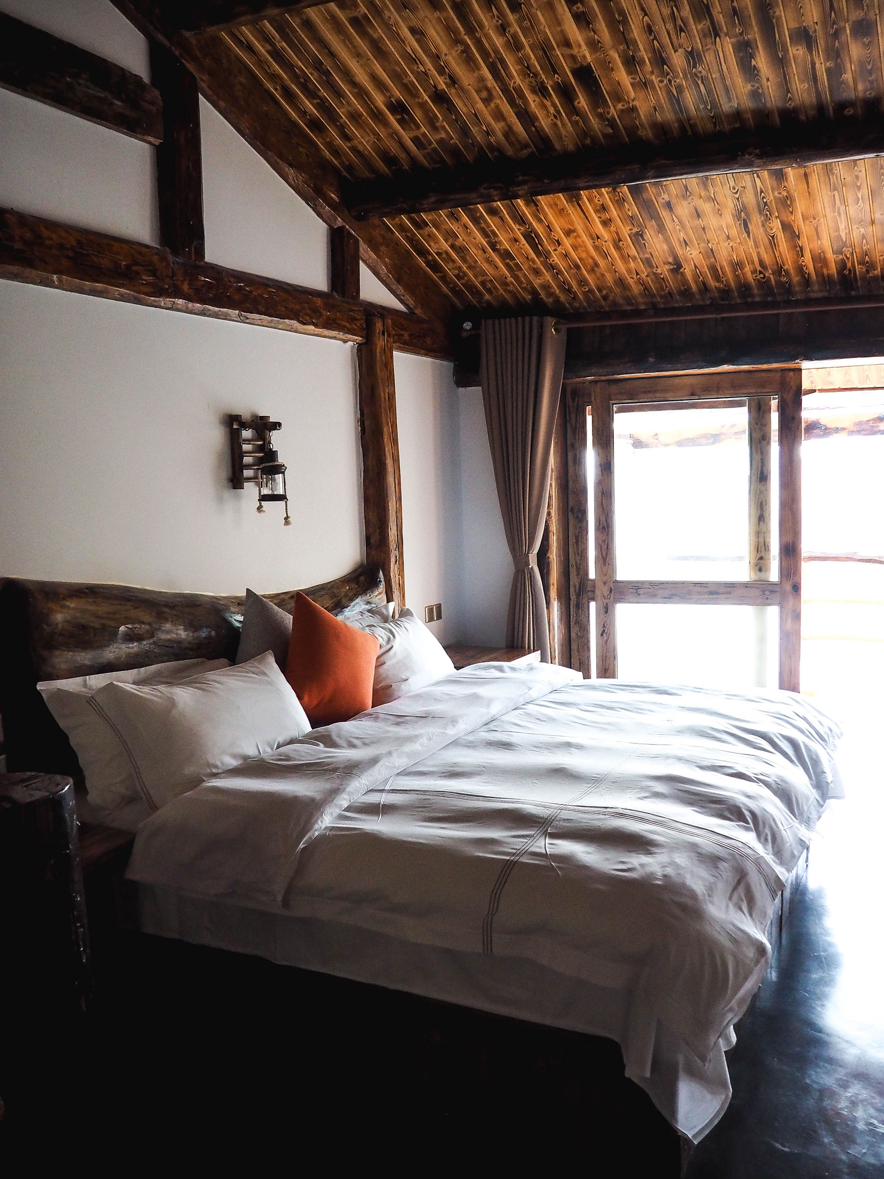 A Mountain Escape To No.5 Valley Inn In Zhanjiajie