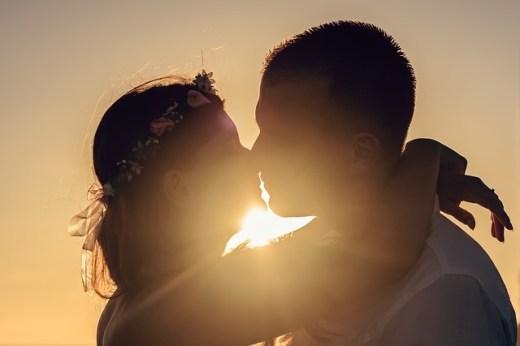 Kissing towards