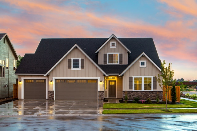 Things to Consider When You Want to Buy a Home - family home image