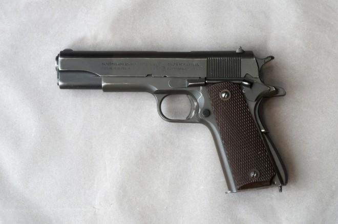 Colt_1911A_.45_866716_L_DSC_33362