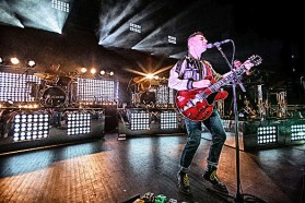DETROIT, MI - AUGUST 11: Jack Antonoff of Bleachers performs during the Charli & Jack Do America Tour at The Fillmore Detroit on August 11, 2015 in Detroit, Michigan. (Photo by Scott Legato/Getty Images)
