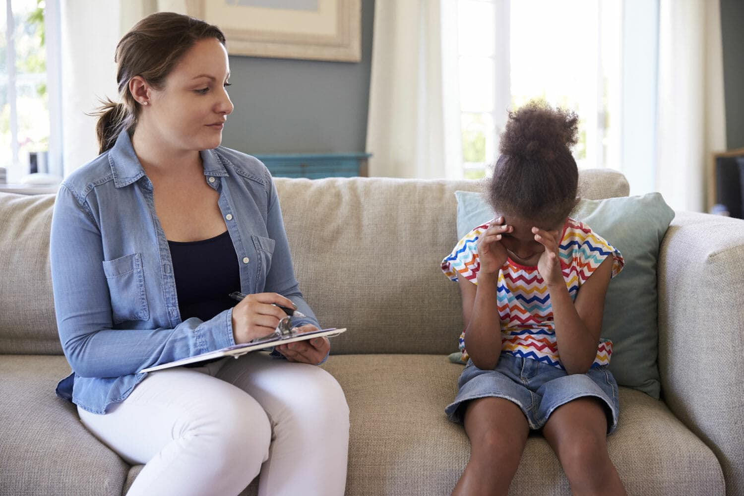 Signs That Your Kids Need Counseling Before During